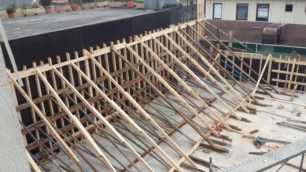 Etiler Nusret Kebapçý betonarme temel imalat ve montaj iþlerini tamamladýk.